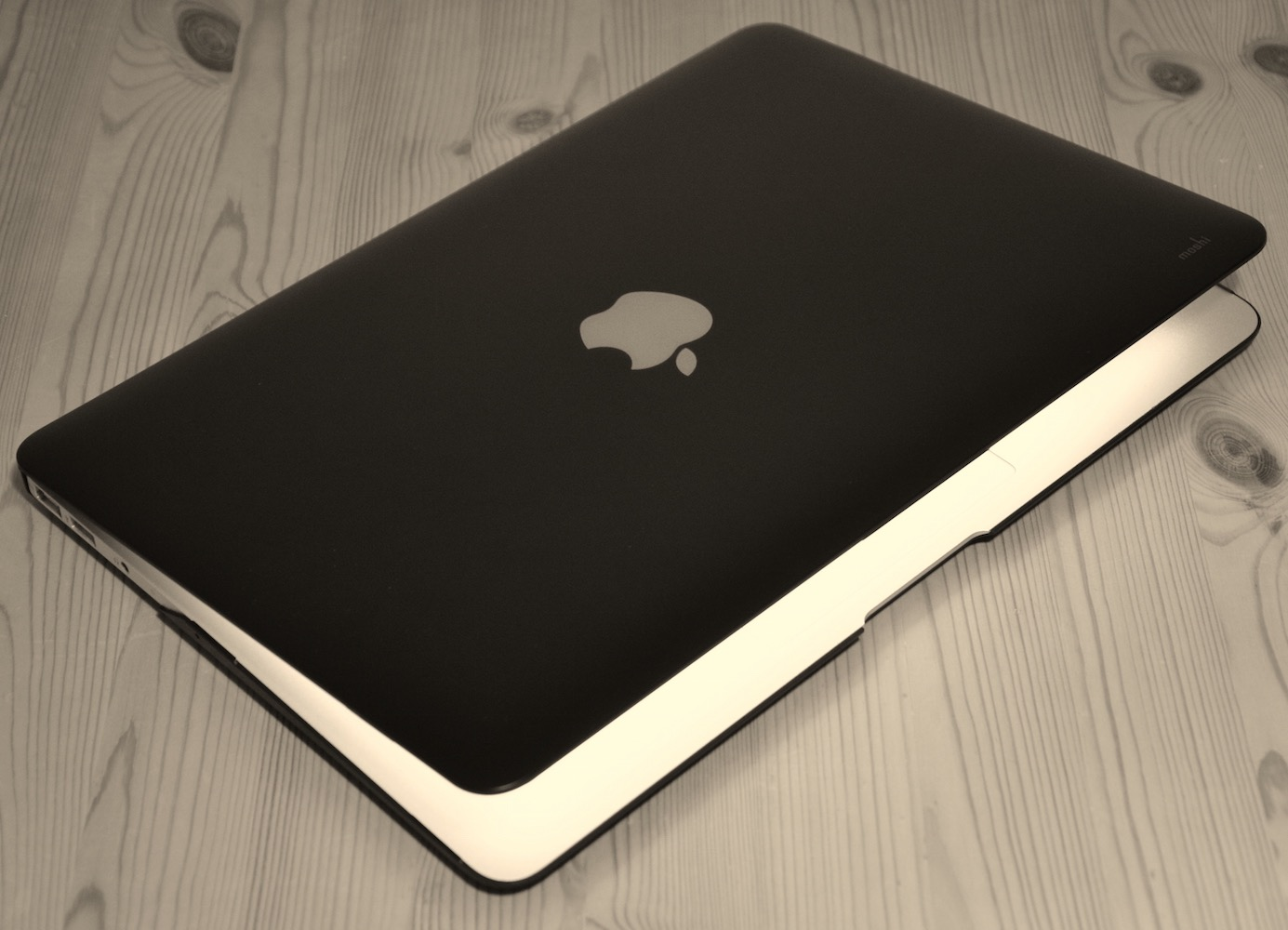 iGlaze Cover for MacBook Pro