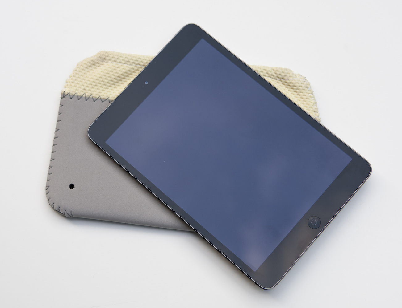 this.summer iPad Sleeve