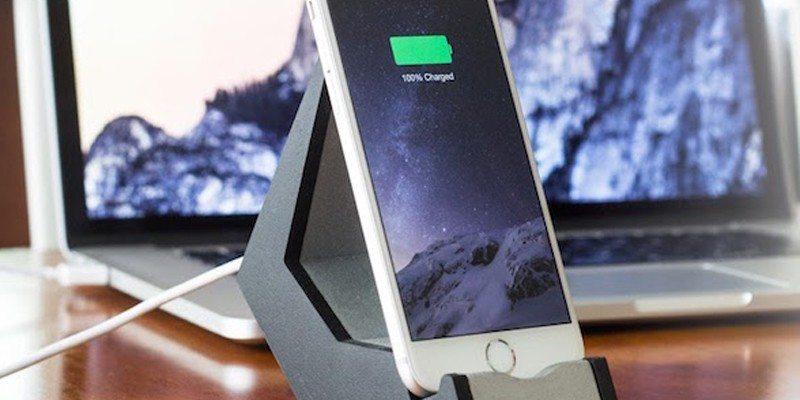 TILT Smartphone stand