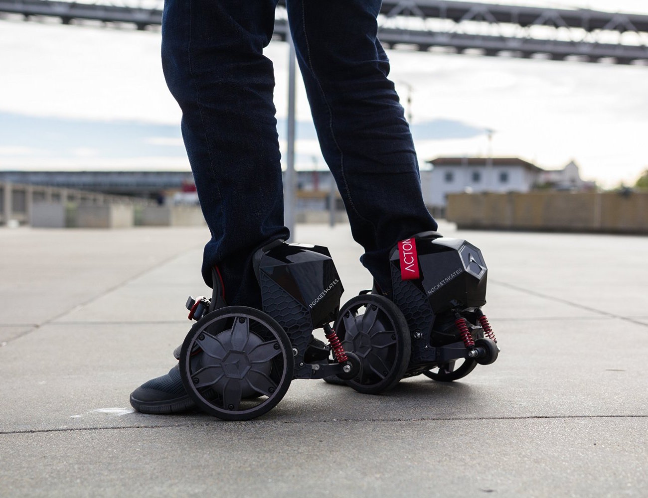 ACTON R10 RocketSkates – The World's First Smart Electric Skates