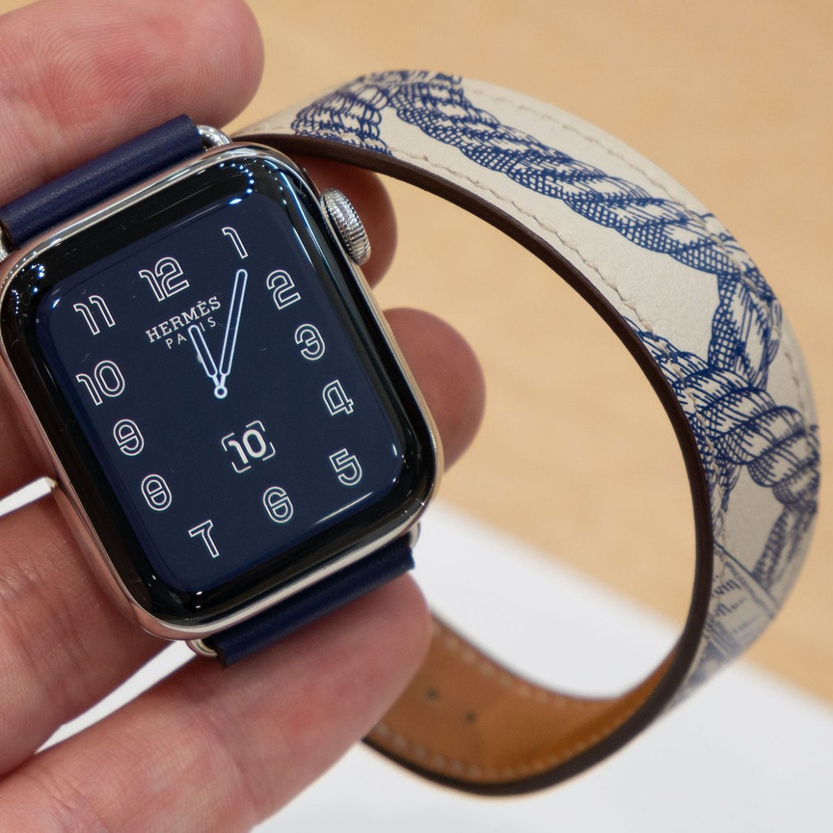 Apple Watch Series 5 Hermès Bands make your smartwatch look incredible