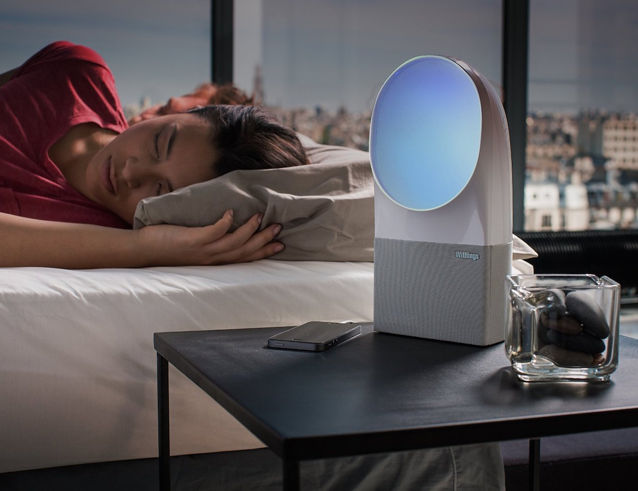 Aura Connected Alarm Clock by Withings loading=