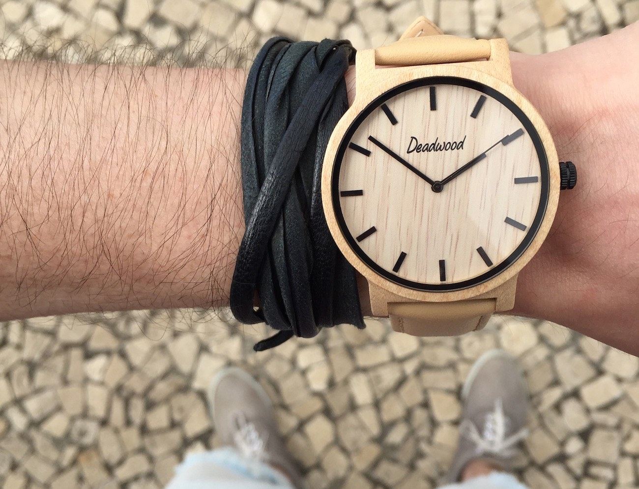 beautifully-handcrafted-natural-wooden-timepieces-01