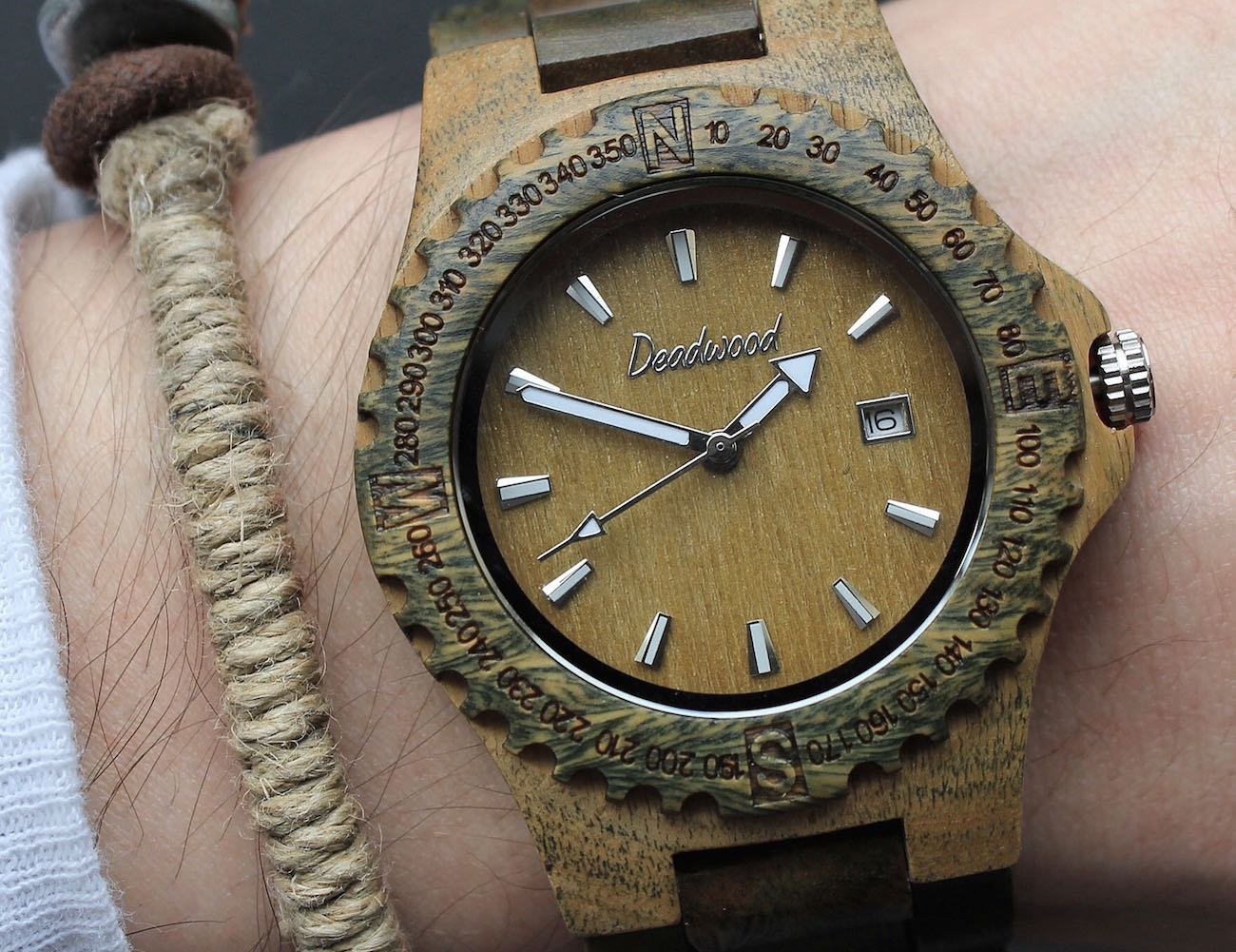 Beautifully Handcrafted Natural Wooden Timepieces