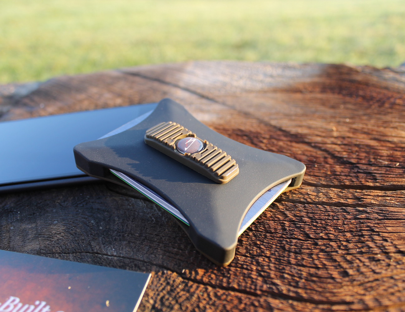 Incredible Bench Built Minimalist Wallet Pabps2019 Chair Design Images Pabps2019Com