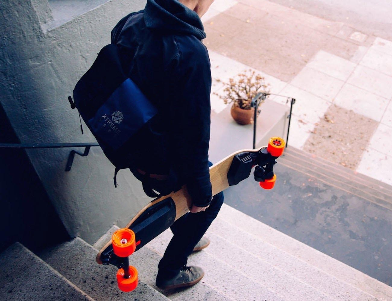 Boosted Dual+ 2000W Electric Skateboard – Advanced Electric Vehicle Technology
