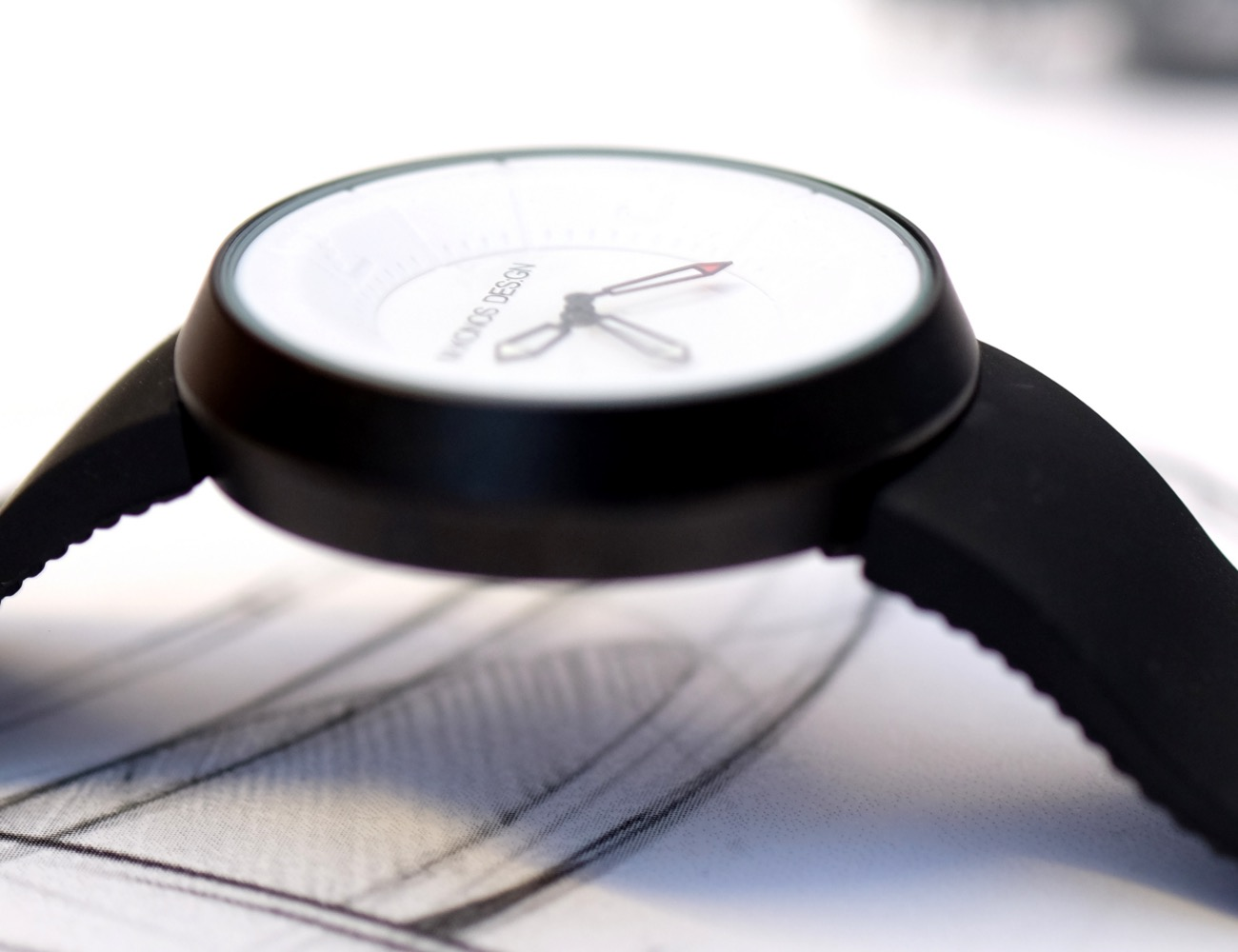Cool and Design Watch Inspired by Supercar
