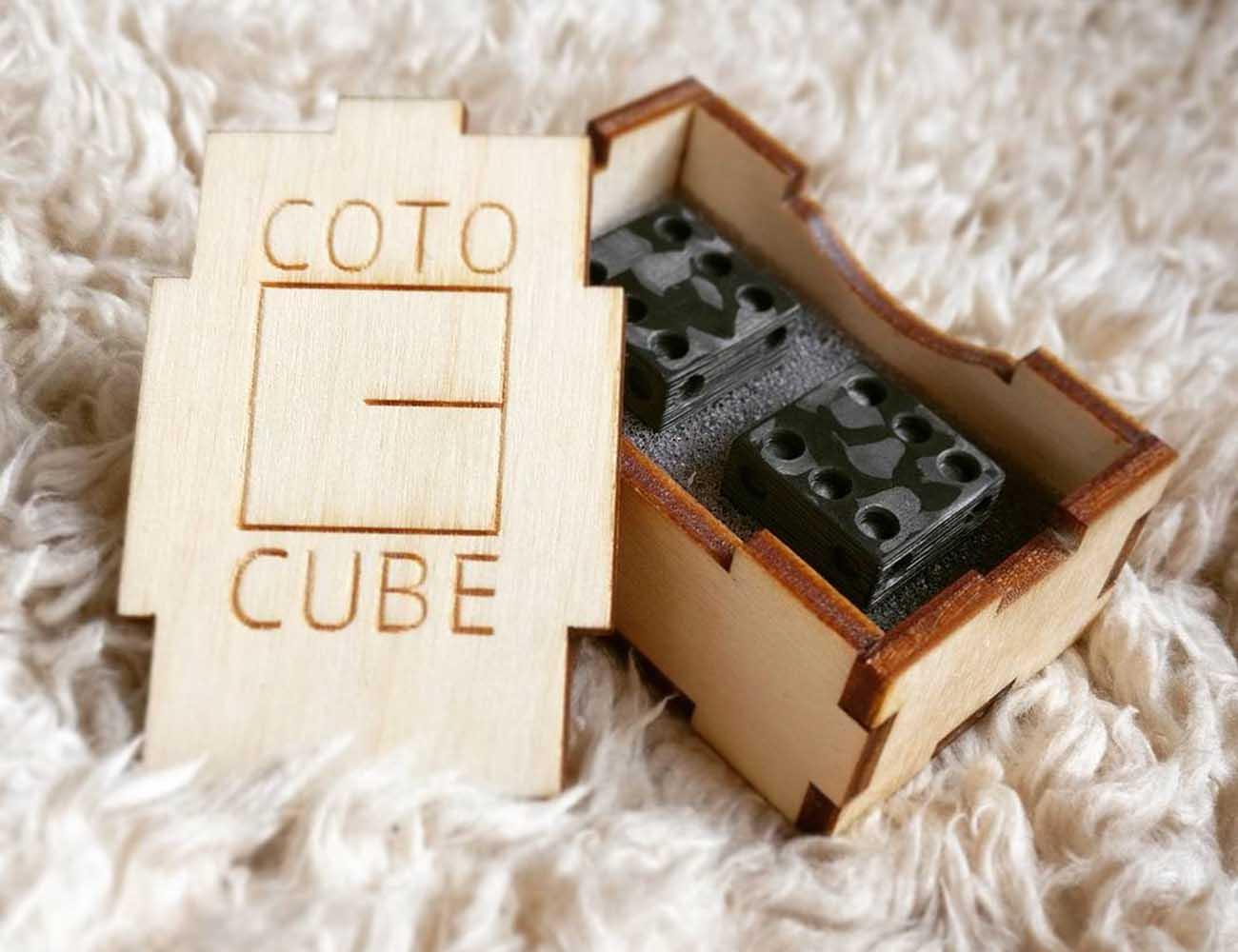 Cotocube – Solid Carbon Fiber Dice
