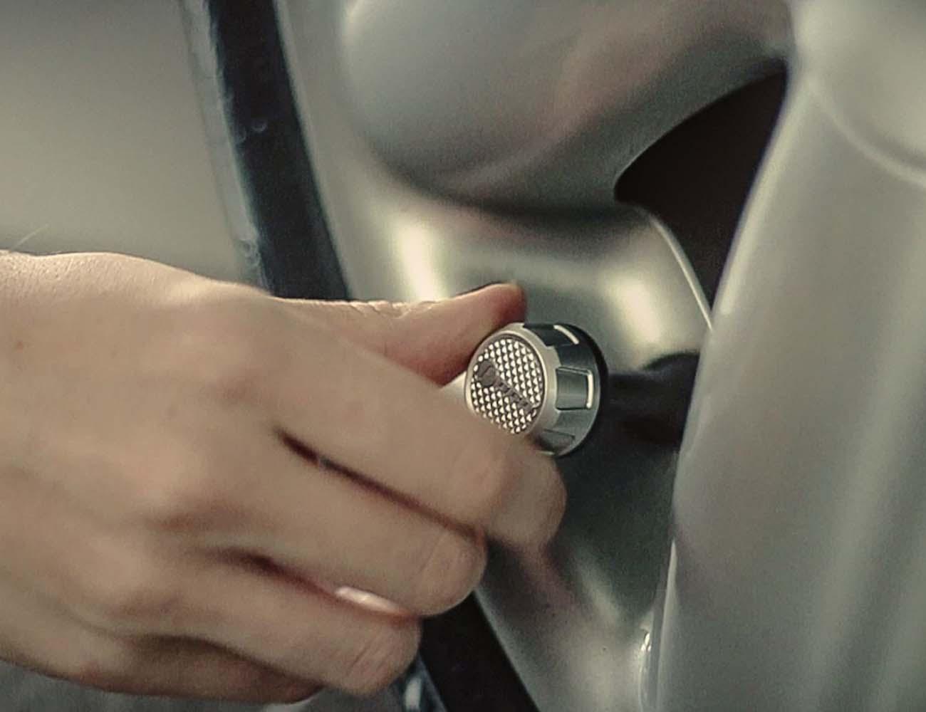 FOBO Bike – Bluetooth Smart Tire Pressure Monitoring System