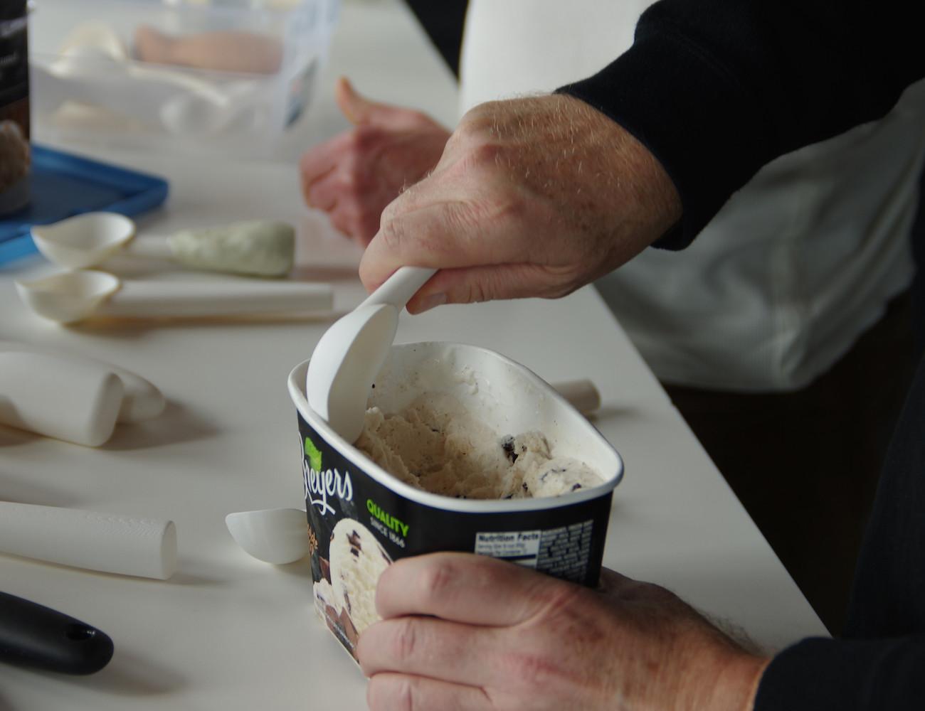 Hand-Polished Ice Cream Scoop by Belle-V Kitchen » Gadget Flow