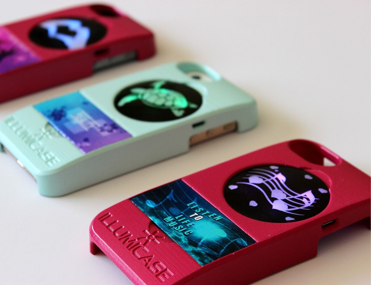illuminating-iphone-cases-03