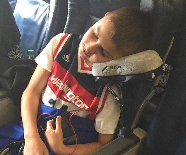 JetComfy – Best Travel Pillow Ever, with 16 Features