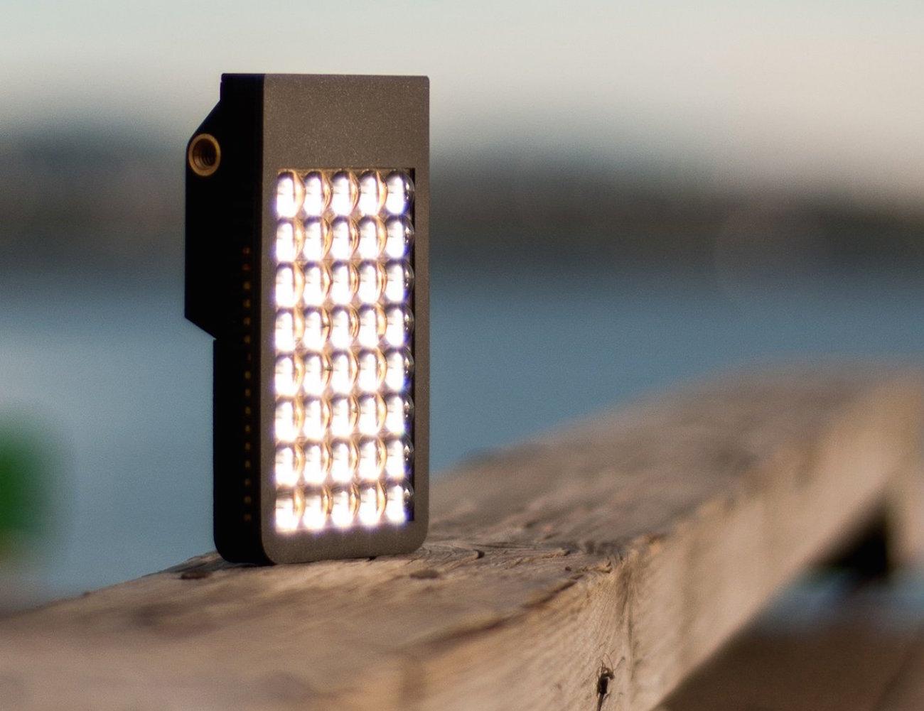 KICK Pocket Lighting Studio – Great Tool for Smartphone Photography