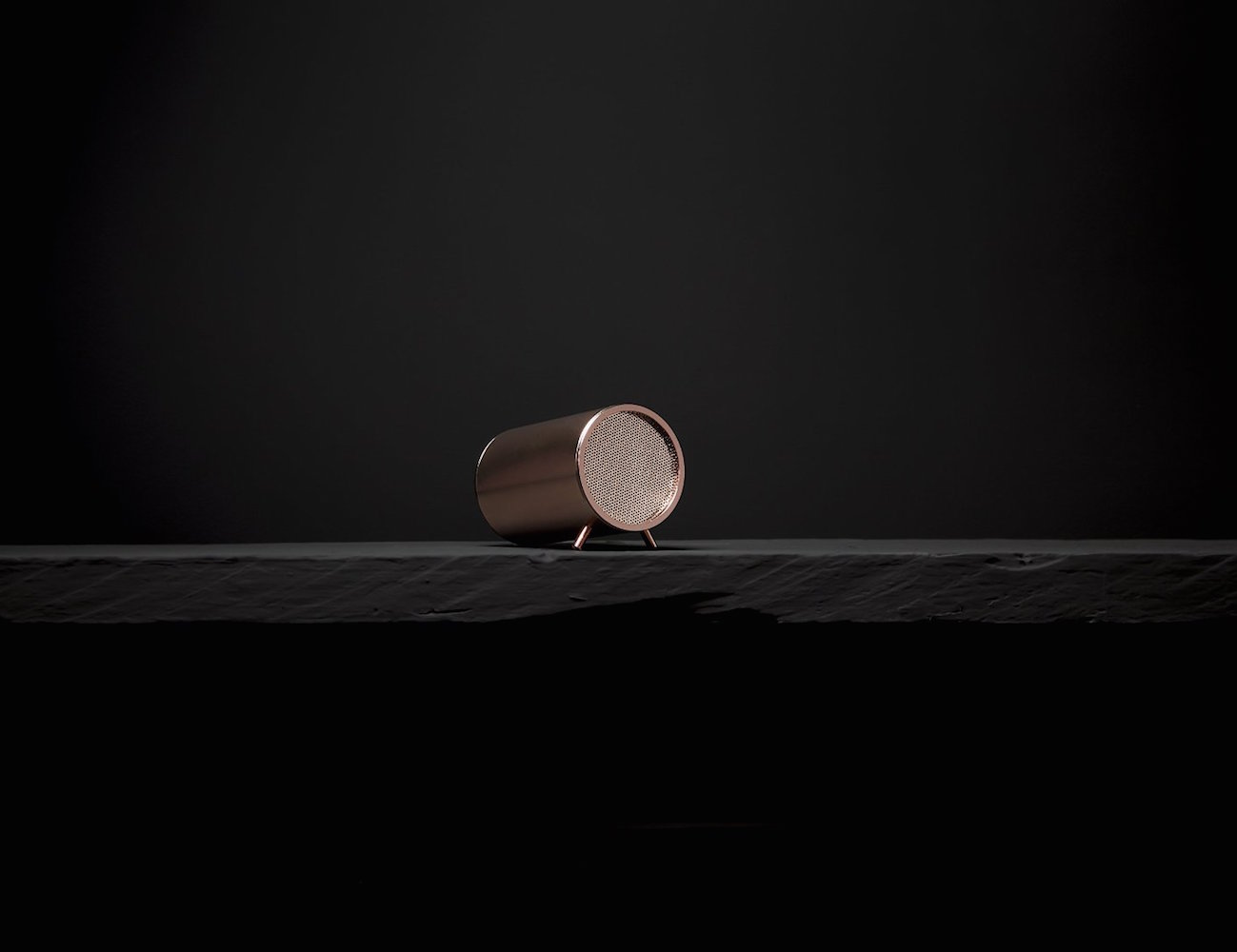 Pillar+Bluetooth+Speaker+By+Stell%C3%A9+Audio