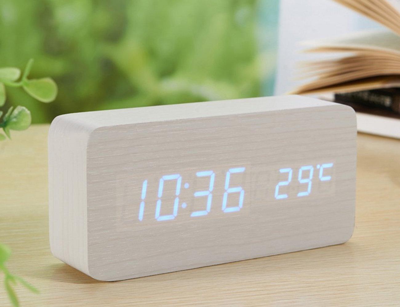 sea-team-wood-imitation-electronic-desk-clock-03