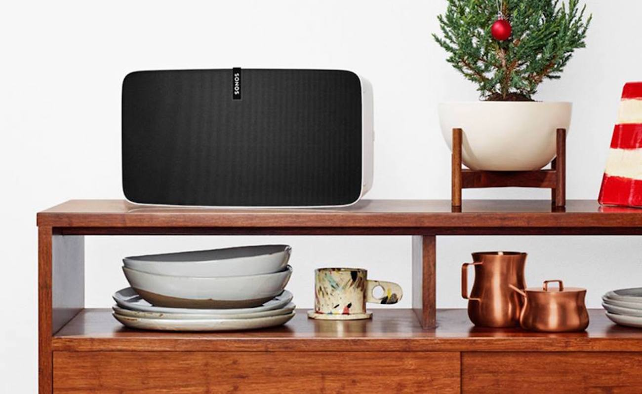 Sonos Play:5 High-Fidelity Speaker doesn't distort your sound at all