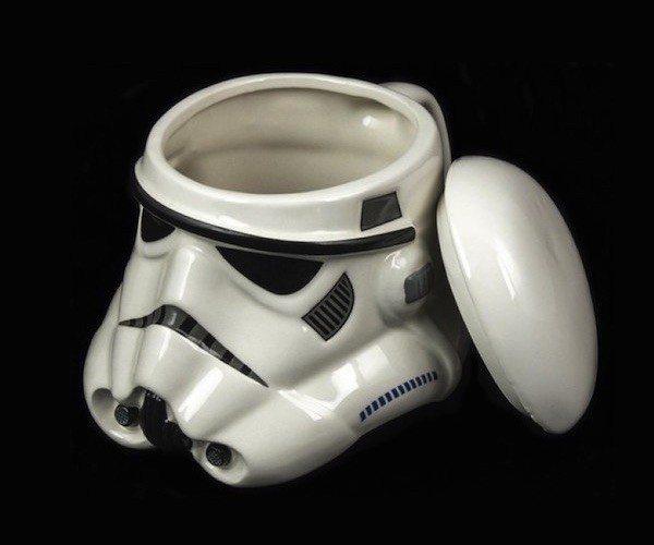 star-wars-stormtrooper-helmet-mug-02