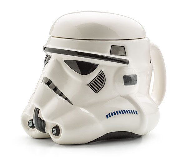 star-wars-stormtrooper-helmet-mug-04