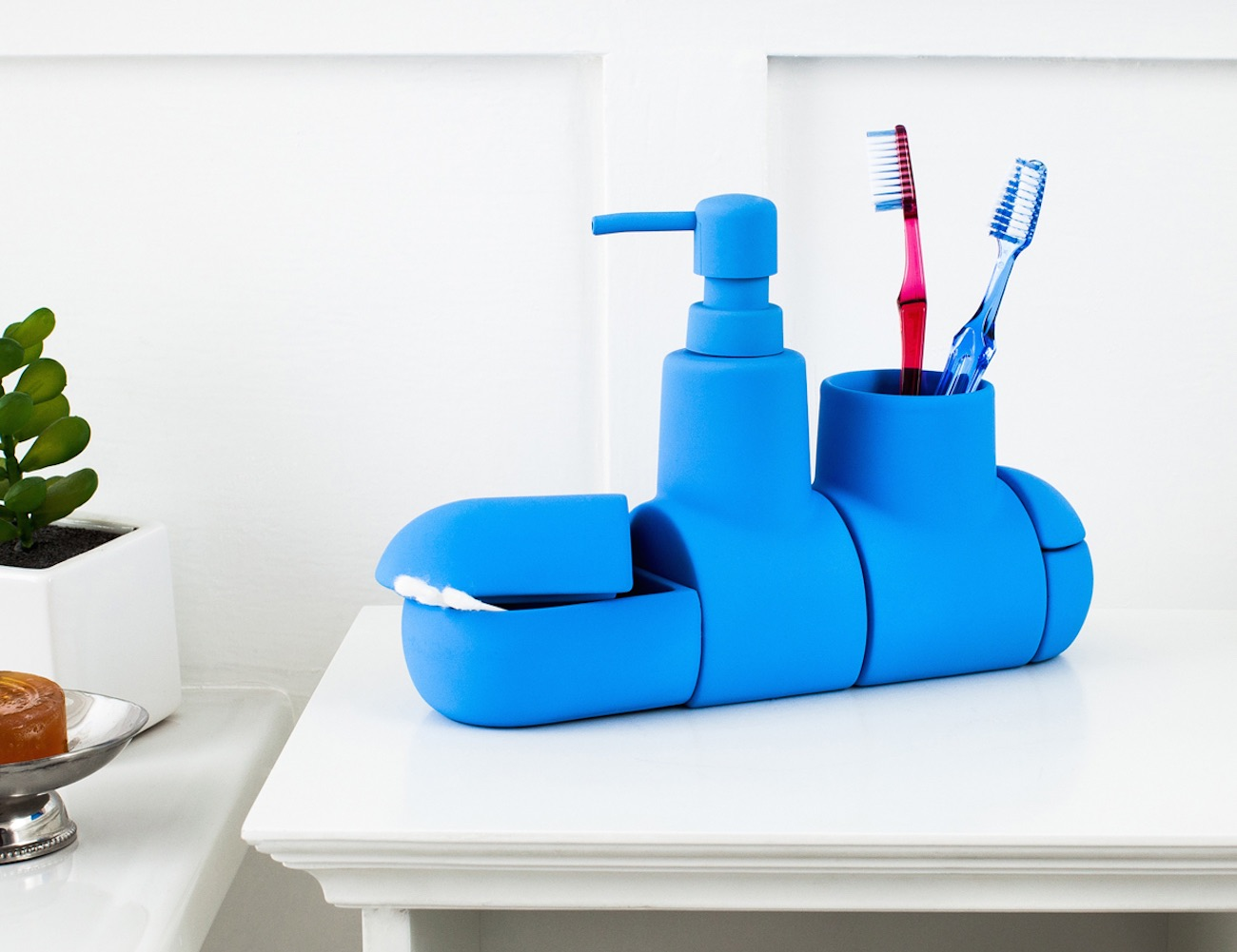 Popular Submarino Bathroom Set by Hector Serrano for Seletti