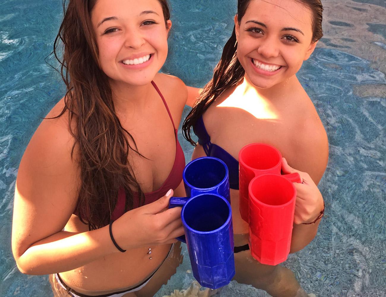 two-fisted-drinker-beer-mug-3