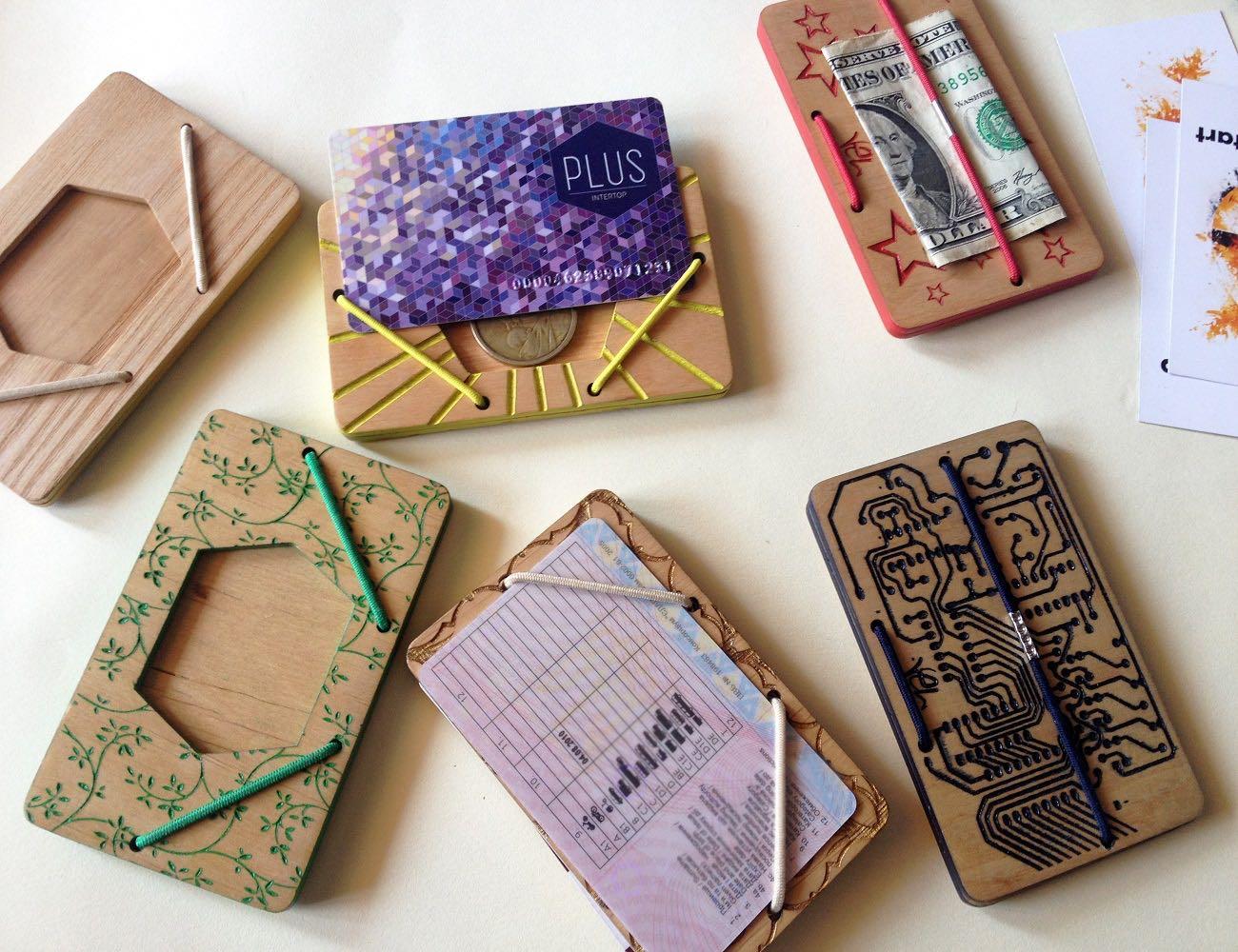 vel-stylish-wooden-cardholder-04