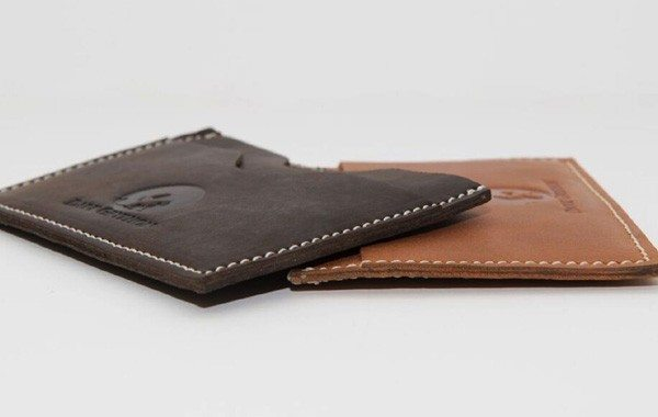 Dark Gryphon Luxury Wallets Have the Amazing Tensile Strength of Carbon Fiber