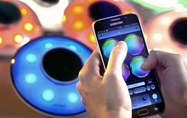 Yantouch Eye1 Applies Brilliant Music Stereo to Light Up Your Rooms