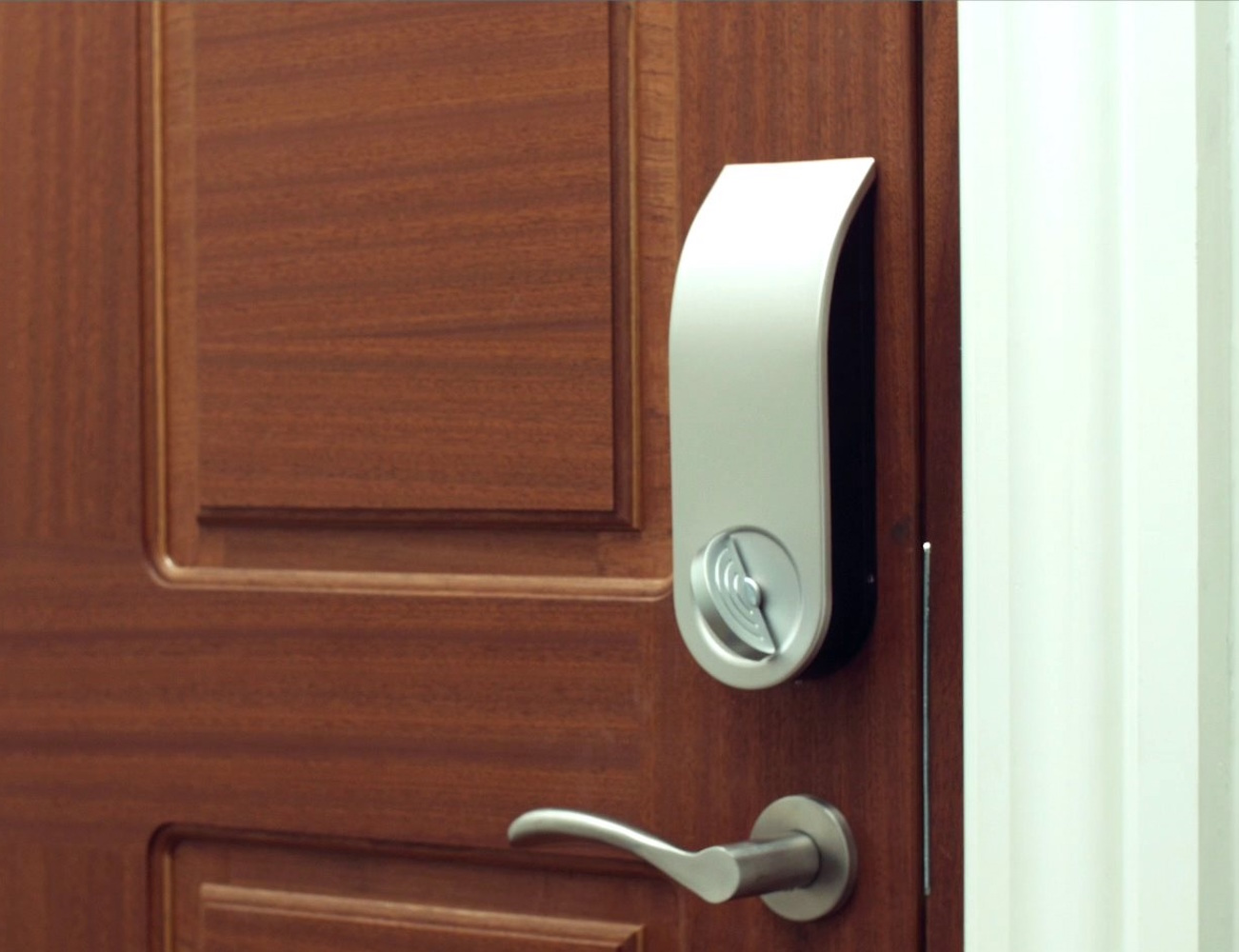 App Enabled Smart Door Lock By Bekey
