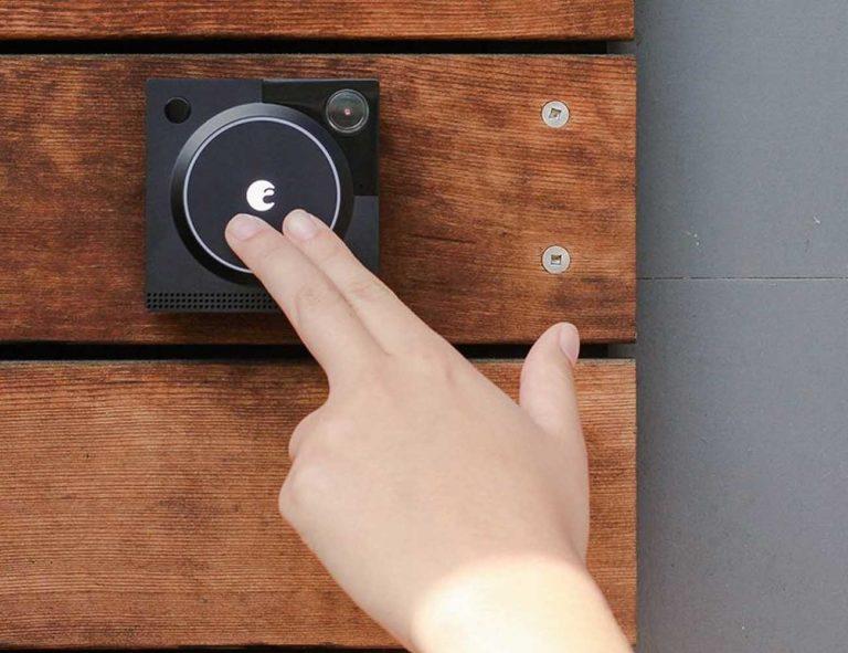 August+Doorbell+Cam