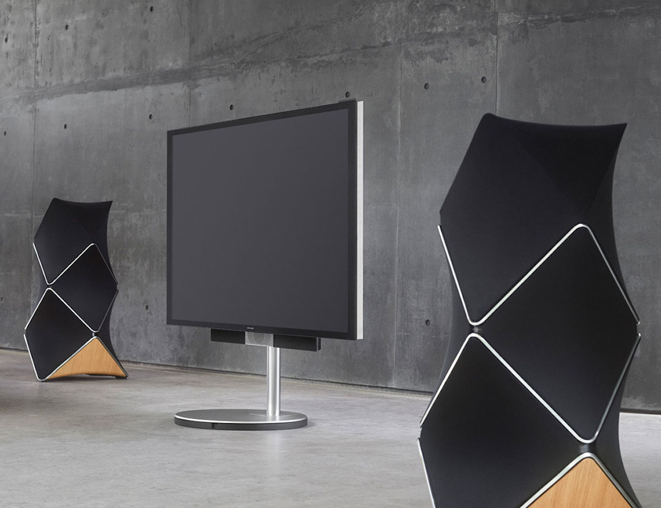 Good Home Layout Design Beolab 90 By Bang Amp Olufsen 187 Gadget Flow