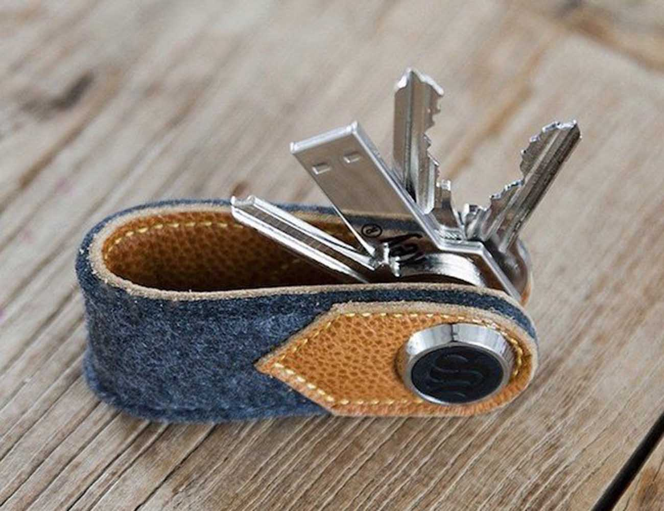Brown Leather and Wool Felt Key Organizer by S-Key