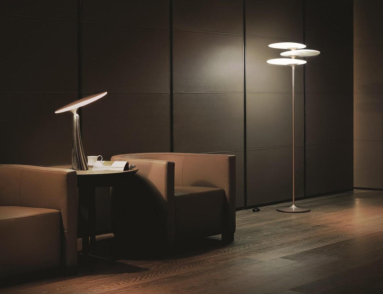 Coral Reef Light by QisDesign – Equipped With Smart Touch Technology