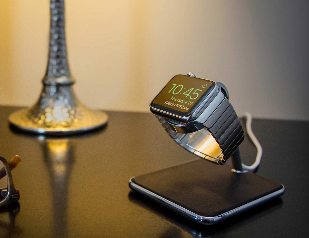 Forté for Apple Watch – Luxury Stand and Charging Dock by Twelve South