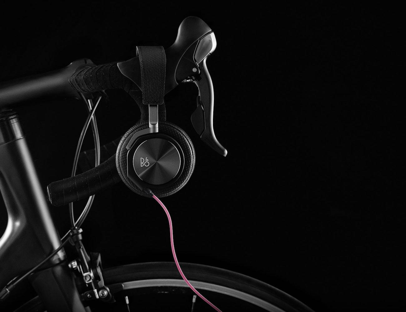 Bang & Olufsen x Rapha H6 Cycling Over-Ear Headphones
