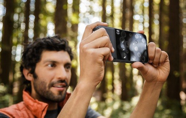 The 52MP Light L16 Compact Camera Offers a Glimpse of Next-Generation Photography