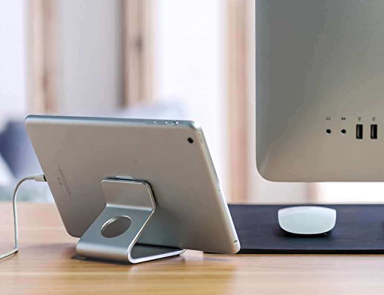 Minimalist Aluminum Micro-Suction Stand For Your Mobile Devices