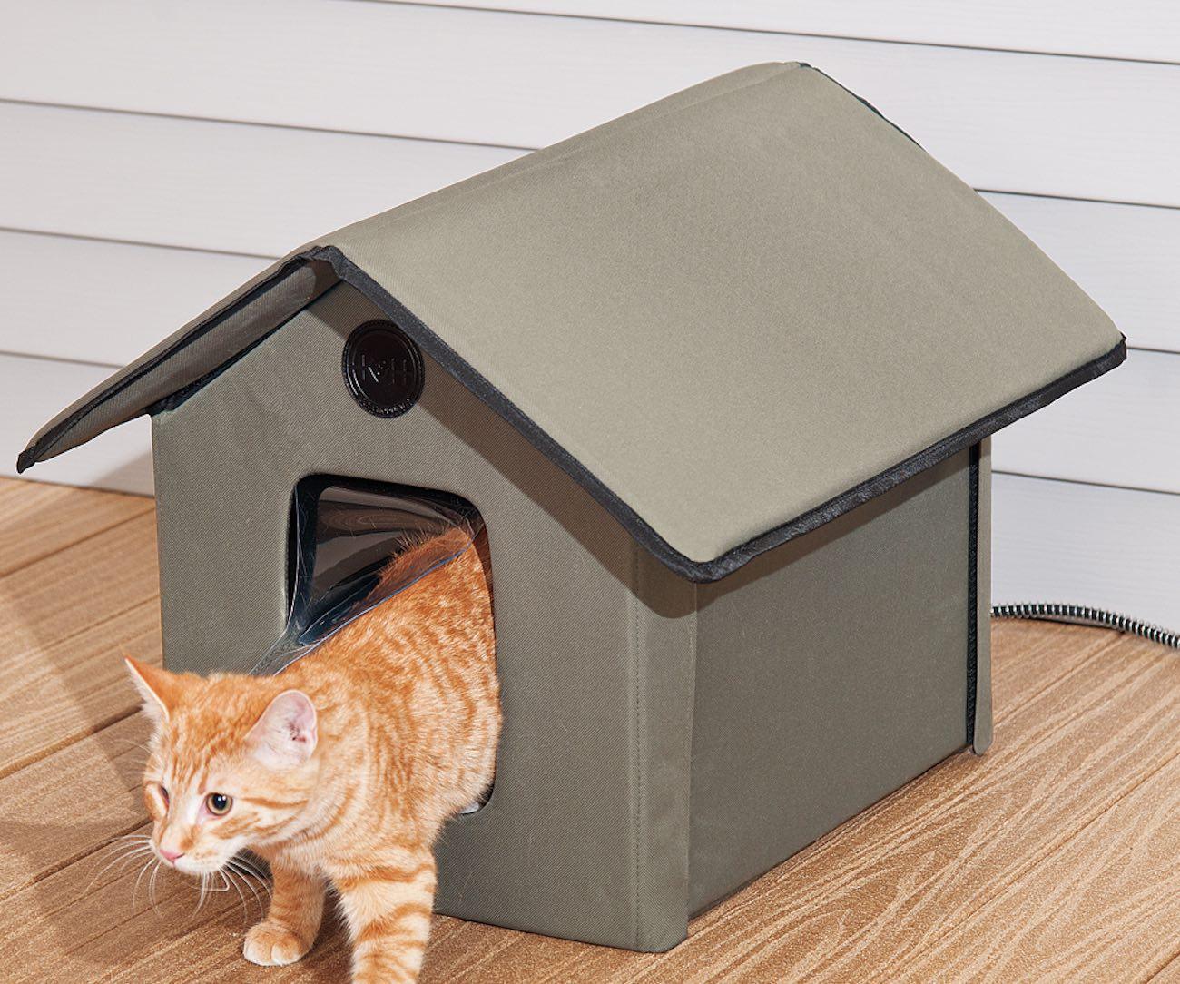 outdoor-kitty-house-02