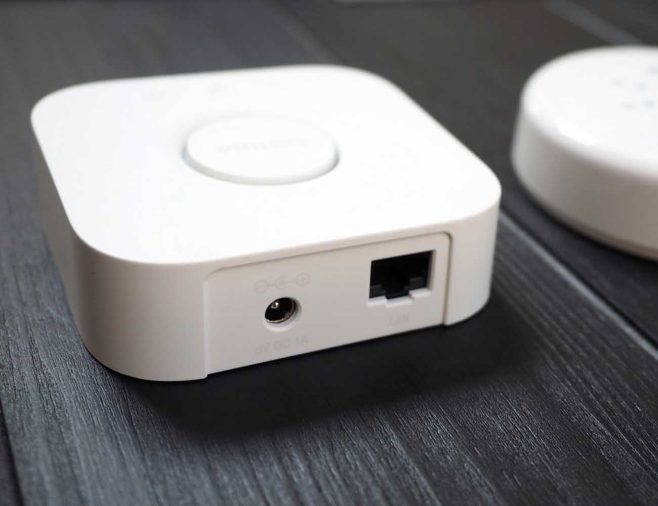 Philips Hue Bridge 2.0 With HomeKit Compatibility