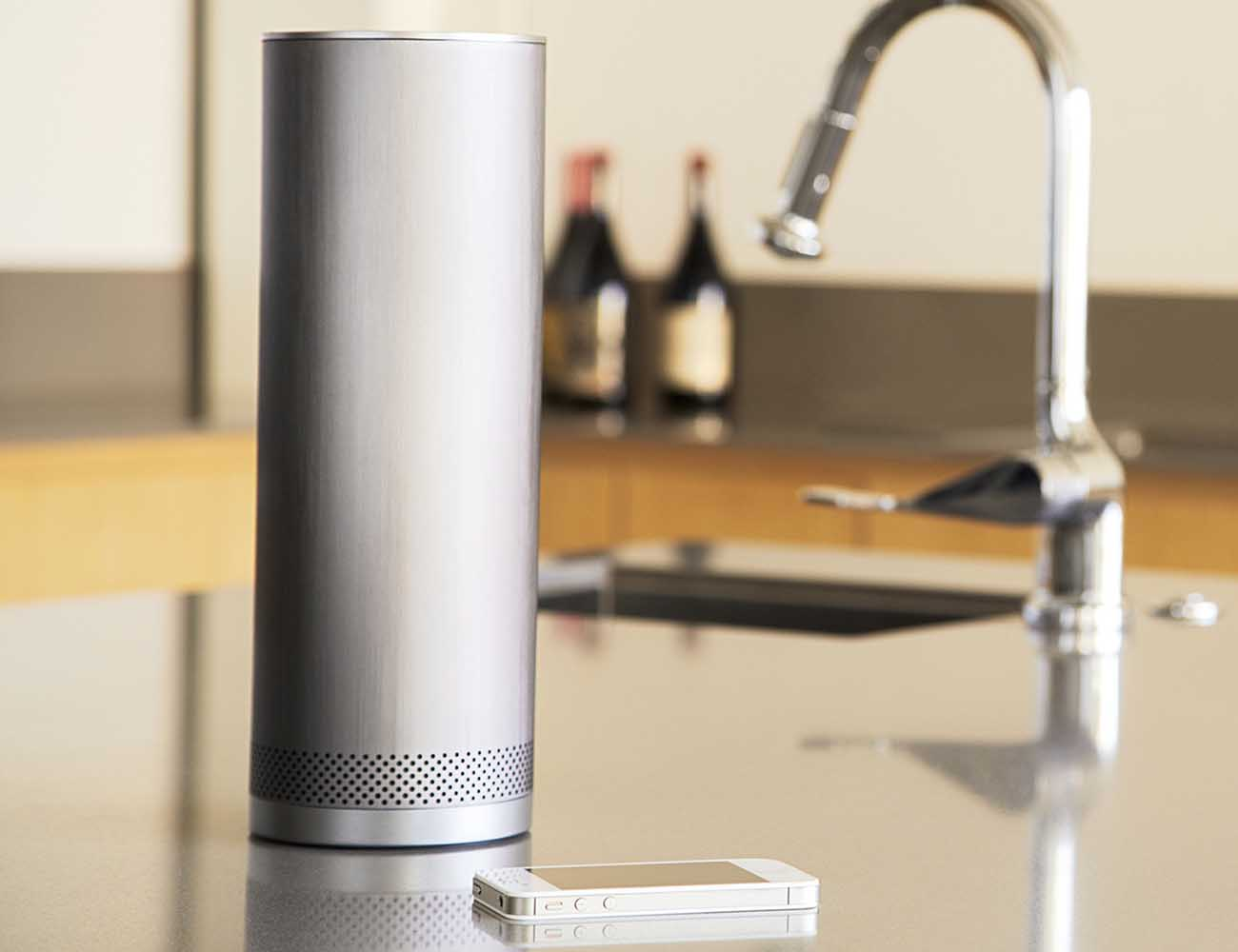 Pillar+Bluetooth+Speaker+By+Stell%C3%A9+Audio+%26%238211%3B+360-degree+Sound+And+15-Hour+Battery+Life
