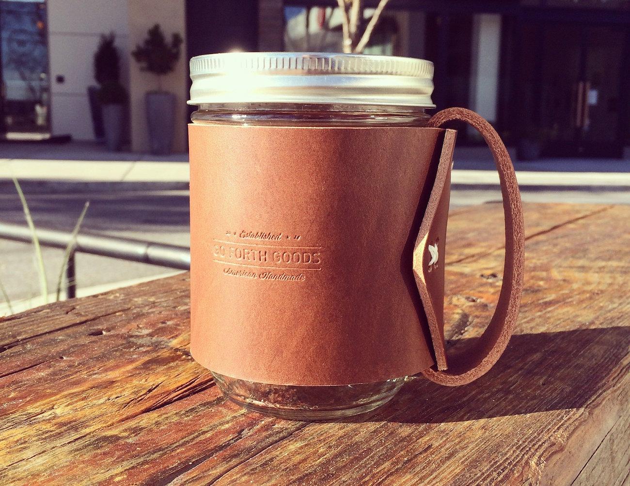 the-traveler-mug-mason-jar-hugged-in-vegetable-tanned-leather-04