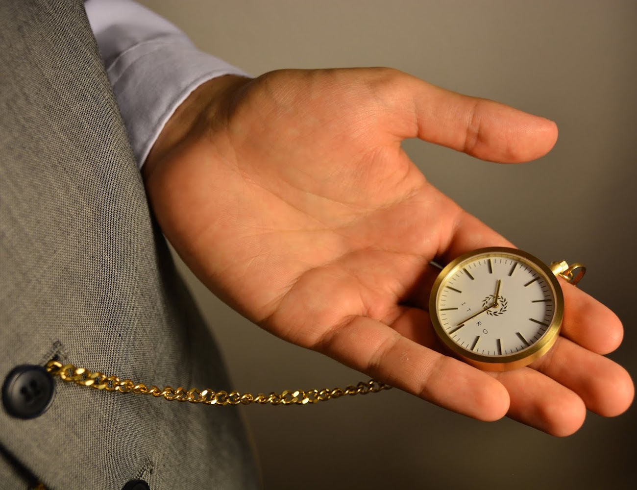 utero-pocket-watches-are-back-02