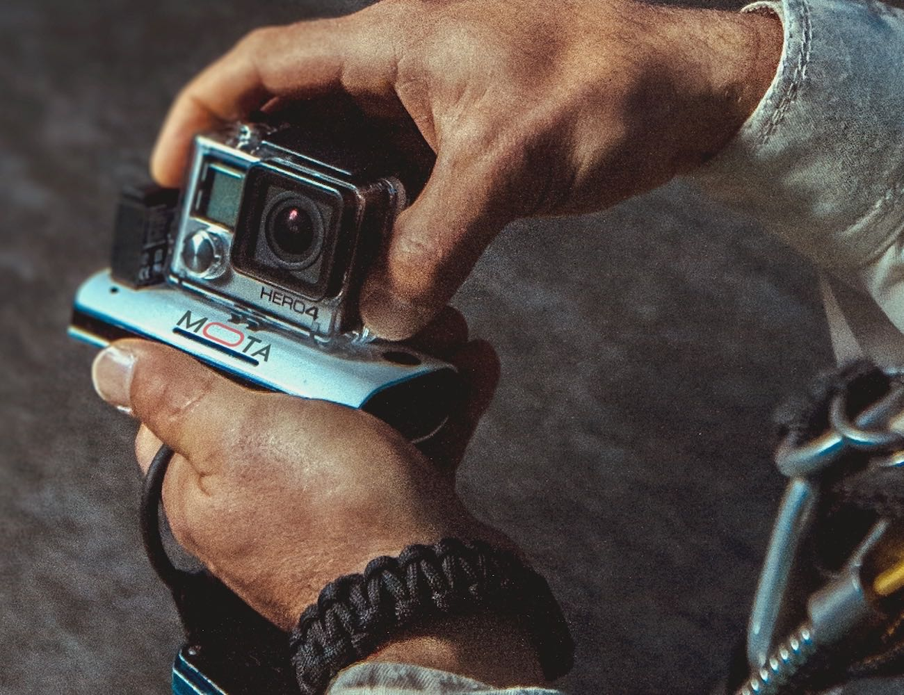 Wireless Charger for GoPro by MOTA