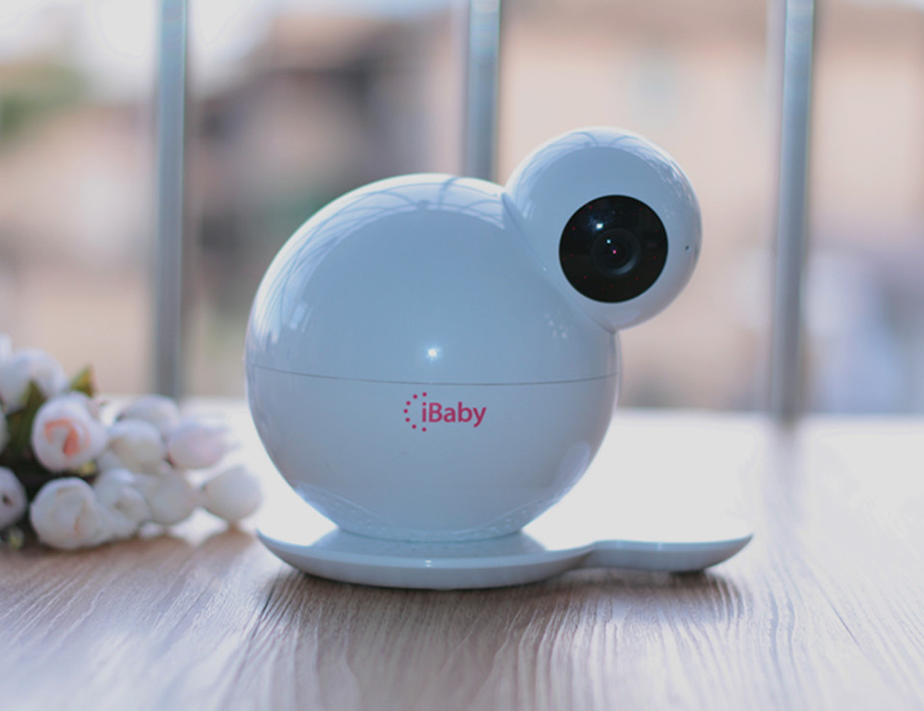 iBaby M6 – Wi-Fi Enabled Baby Monitor