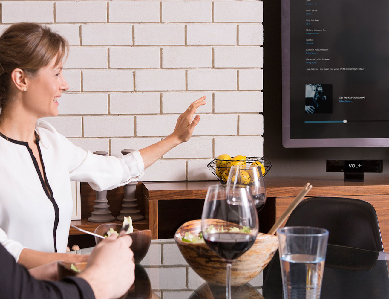 singlecue-gesture-control-for-your-home-entertainment-devices-04
