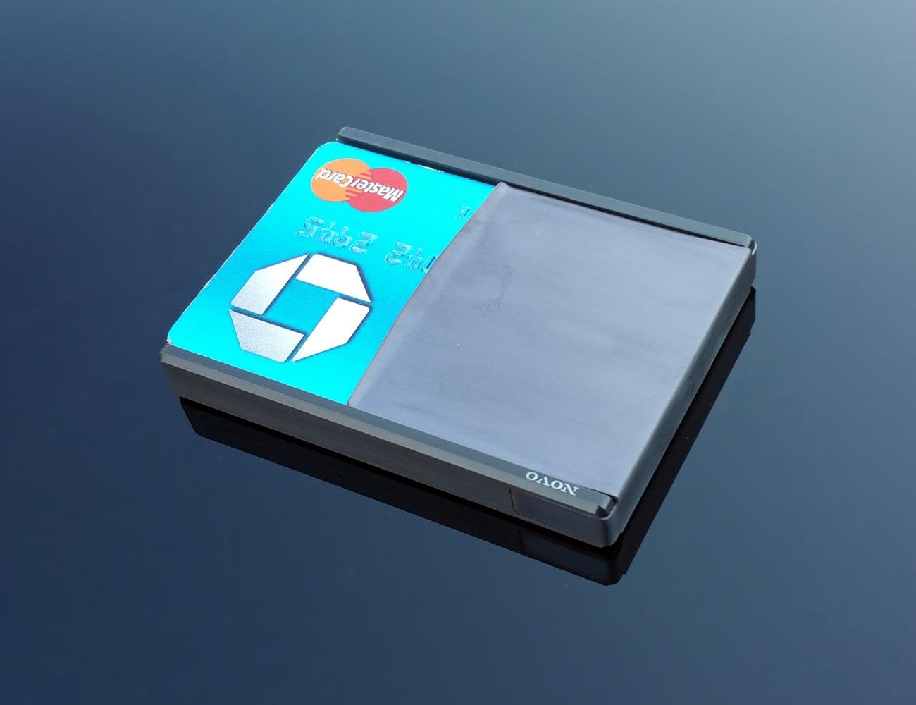 The Novo Design – Luxury Metal Wallets