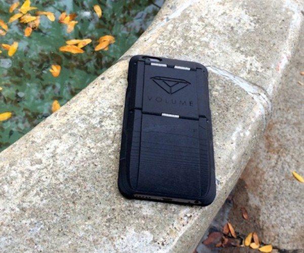 Grip+Clip+%E2%80%93+The+World%E2%80%99s+Most+Useful+IPhone+Case