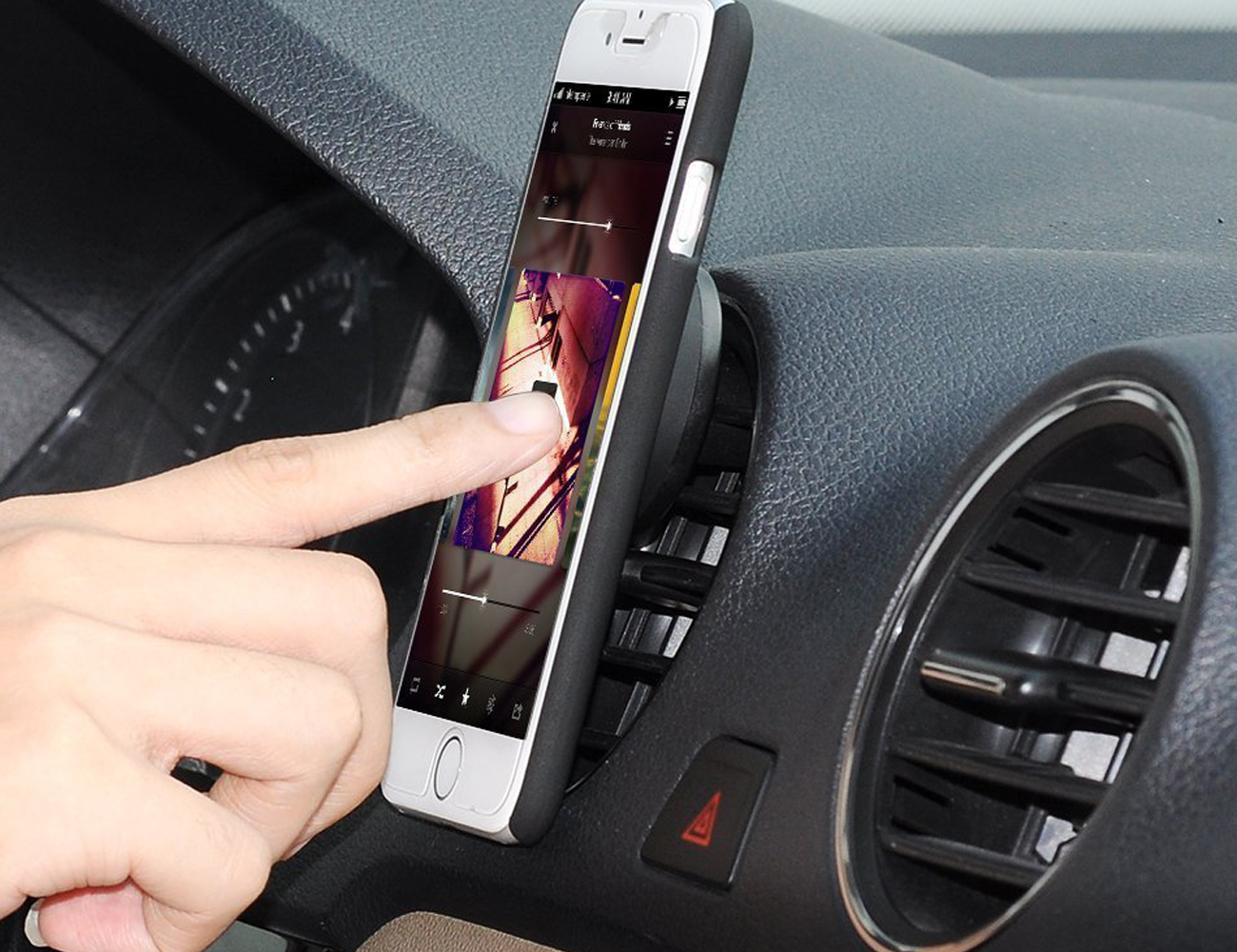 jebsens-magnetic-smartphone-car-mount-01