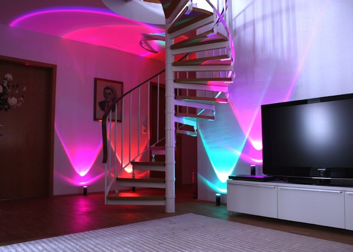 lightcan-the-versatile-party-light-for-any-occasion-03