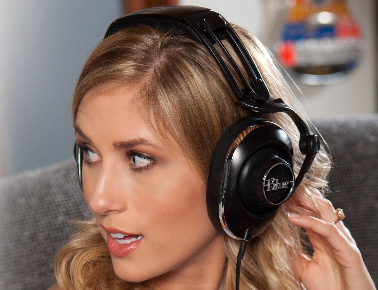 Lola Over-Ear Hi-Fi Headphones