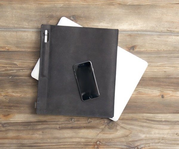 Pad+%26amp%3B+Pencil+%E2%80%93+The+First+Sleeve+For+IPad+Pro+And+Apple+Pencil